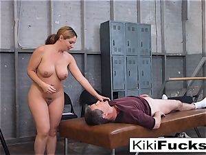 Stacked cheerleader gives her coach a sensational hand job!