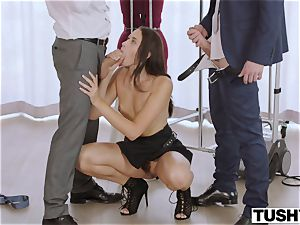 TUSHY secretary Gets DP'd By manager And mate