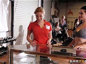 Serious cootchie exercise for Katrina Jade