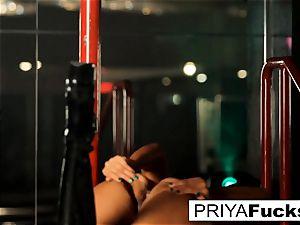 strip club spectacle by Indian ultra-cutie Priya Rai