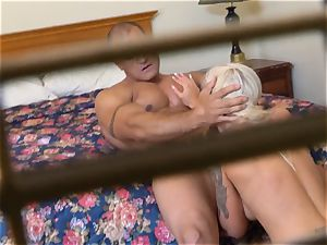 insatiable Nina Elle pounds her man at the motel
