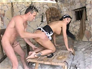 ebony Angelica gets her clean-shaven cootchie humped