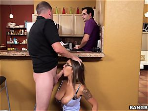 My friend's wife deep throats my trunk secretly from her hubby
