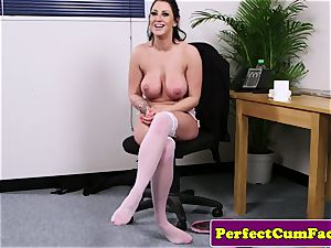 big-chested cum liking honey blowing before facial cumshot