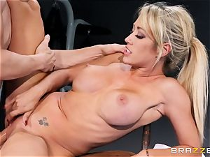 Capri Cavanni completes her workout with some thick manmeat