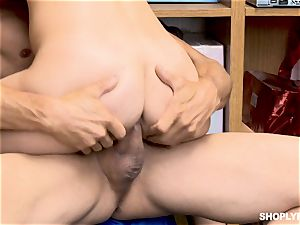 Gina Valentina and her stepsis porked by mallcop