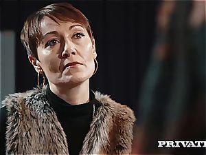 Private.com - Ella Hughes, jizz in Her furry cootchie