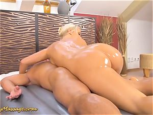 slimy humungous booty in act