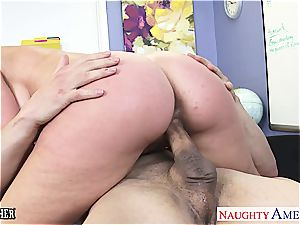 Veronica Avluv kinky for manstick after conversing about fucky-fucky