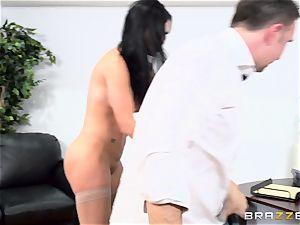 beef whistle choking british honey Jasmine Jae screwed in her bum