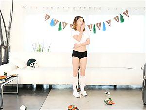 Kristen Scott gets private with super-hot stepmom Cherie Deville