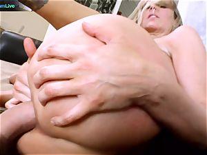 Julia Ann getting her wide open fuckhole opened up