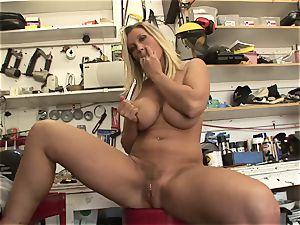 scorching Devon Lee likes taunting her tasty wet pearl